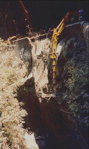 Confortement d'une gorge suite à l'effondrement d'une partie de la RD 934 – Pyrénées Atlantique