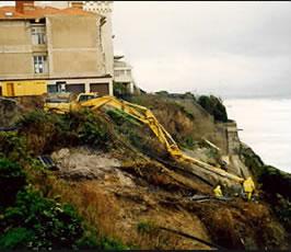 Forage légèrement montant à l'odex – Falaise Biarritz (64)
