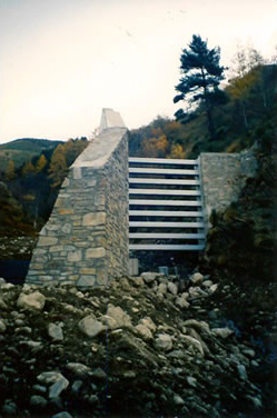 Building of torrential lava guards – Pyrénées