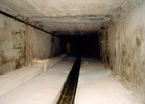 Séparation des eaux usées et pluviales, réfection des bajoyers, Construction d'un radier