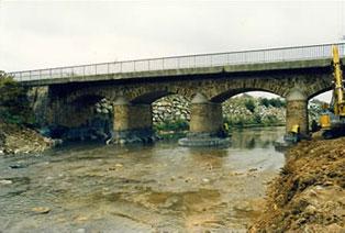 Reprise des affouillements des piles d'un pont